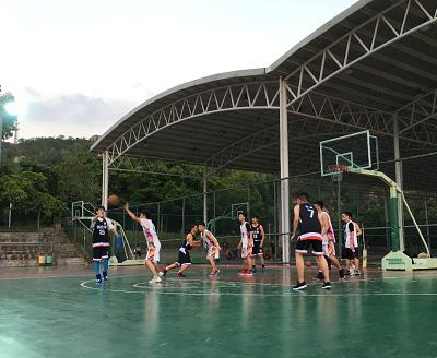 珠海优德w88软件下载成立第一个社团——篮球社